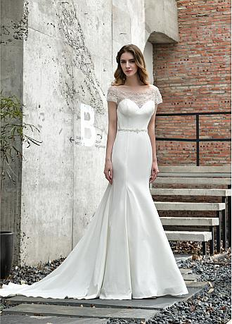 Charming Tulle & Satin Off-the-shoulder Neckline Mermaid Wedding Dresses With Beadings