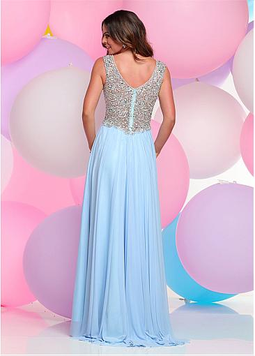 Fascinating Chiffon V-neck Neckline A-line Prom Dresses With Beadings & Pleats