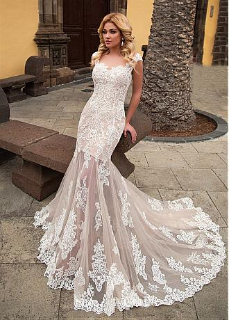 Fascinating Tulle Sheer Jewel Neckline Mermaid Wedding Dress With Lace Appliques