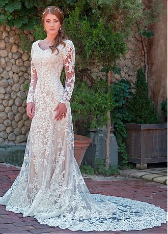 Fashionable Tulle V-neck Neckline Sheath/Column Wedding Dress With Lace Appliques & Beadings