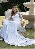 Charming Tulle & Lace V-neck Neckline Mermaid Wedding Dress With Lace Appliques & Beadings