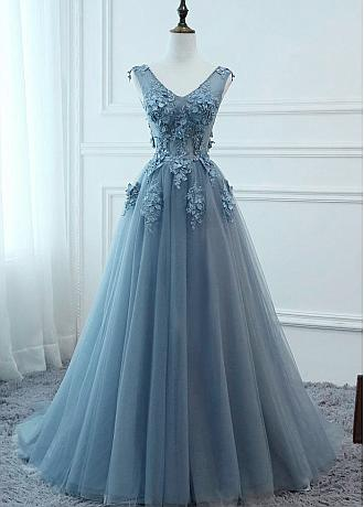 Showy Tulle V-neck Neckline Floor-length A-line Prom Dresses With Lace Appliuqes & Beaded 3D Flowers & Belt