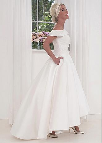 Fascinating Satin Off-the-shoulder Neckline A-line Wedding Dresses With Lace Appliques & Beadings & Pockets